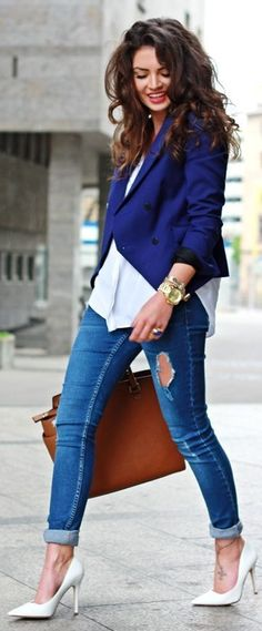 Fall Street Fashion 2014. modern blue blazer and classical white shoes