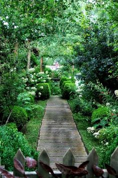 Affordable Beautiful Garden Path For Your Garden 8