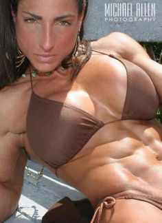 Properly pumped up fitness and bodybuilding babes! Female athleates and candy for the eye - for those who enjoy shaped up women! Women's Muscular Legs, Muscular Women, Up Fitness, Fitness Models, Fitness Motivation, Bodybuilding Training, Bodybuilding Workouts, Camille Leblanc Bazinet, Muscle