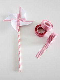 Molinillo con washi tape y pajita de papel de rayas rosas