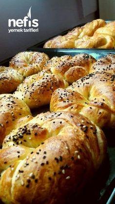 Tereyağlı Tel Tel Açma Tarifi Bagel, Yogurt, French Toast, Bread, Breakfast, Desserts, Recipes, Food, Tiramisu