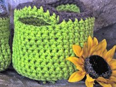 Make Your Own Crochet Basket (NOTE: The below pattern is for the red, white, & blue basket) ** Draft ** These are va...