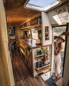 School Bus Tiny House, Bus House, Bus Life, Camper Life, Camper Van, Rv Living, Tiny Living, Van Conversion Interior, Van Home