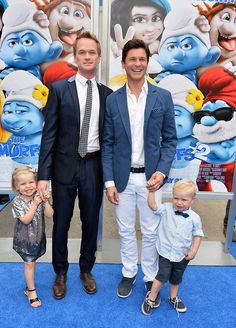 So little Gideon is still kind of a mess  those shoelaces are getting to be a dangerous situation, and that bowtie is pretty sloppy, even for the Smurfs 2 premiere  but Harper could have red carpet potential. At least they have one twin who does.