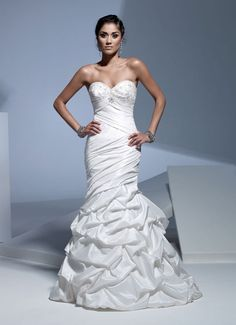 Sweetheart trumpet / mermaid taffeta bridal gown