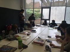 Descobrint còmics i manga i treballant l'anatomia al Taller de dibuix i còmic #quèfemalesbiblios #esparreguera #comics #manga #joves