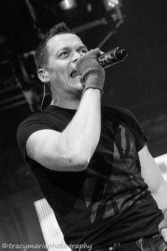 My Concert Photography | 3 Doors Down Brad Arnold | St Paul, MN Dec 2012