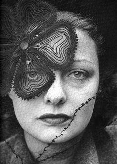Janet MacLeod (Hat by Lilly Dache), 1937 (Alfred Eisenstaedt)
