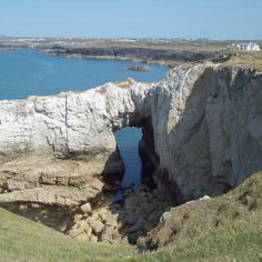 Bwa Gwyn (Welsh) or the White Arch - can be found along the Anglesey coastal path not far from Treaddur Bay. Christine Parry, from Bangor, Gwynedd, was out walking with the Ynys Mon Ramblers when she took this image.