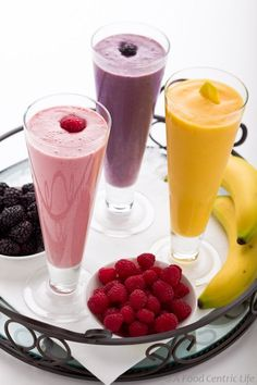 Fruit and protein smoothies. Not that a recipe is really needed in order to make a smoothie, but there were some interesting nutritional notes. Protein Smoothies, Juice Smoothie, Smoothie Drinks, Fruit Juice, Fruit Smoothies, Fresh Fruit, Smoothie Glass, Morning Smoothies, Blackberry Smoothie