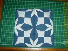 Silerika - Kreatív: Atarashii 2. rész! Origami Quilt, Fabric Origami, Circle Quilts, Quilt Blocks, Cathedral Window Quilts, Cathedral Windows, Patchwork Tutorial, Japanese Patchwork, Beginner Quilt Patterns