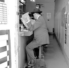 Lemony Snicket reading the papers. Lemony Snicket, A Series Of Unfortunate Events, Netflix Series, Book Series, Love Of My Life, Inspire Me, Fallout, Reading, Shelf
