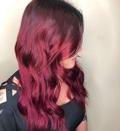 15 Best Maroon Hair Color Ideas of 2019 - Dark, Black & Ombre Colors Maroon Hair Colors, Violet Hair Colors, Vibrant Hair Colors, Bright Red Hair, Hair Color Pink, Hair Color Balayage, Hair Highlights, Red Violet Hair, Red Curls