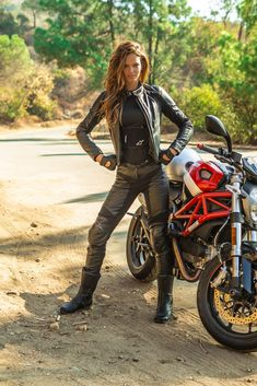 Brazillian, Lisalla Montenegta wearing an Alpinestars Vika women's leather suit. (Click on photo for larger image.) Photo found here: http://hellforleathermagazine.com/2012/11/gear-alpinestars-vika-leather-suit/