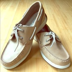 Brand new sperrys Never worn traditional colored sperrys Sperry Top-Sider Shoes