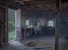 New Surreal & Cinematic Photos by Gregory Crewdson http://snip.ly/4Pfz