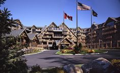 dog-friendly resorts for skiers in Stowe, VT-Stowe Mountain Lodge