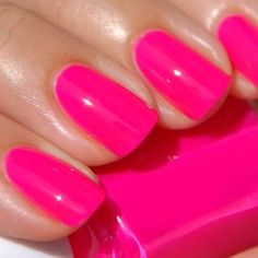 Bright Pink Nails, Hot Pink Nails, Get Nails, Hair And Nails, Gel Nail Colors, Opi Colors, Beauty Make Up, Beauty Stuff, Chrome Nail Art
