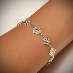 Filigree Jewelry, Bead Jewellery, Silver Filigree, Jewelry Art, Antique Jewelry, Jewelery, Jewelry Bracelets, Silver Jewelry, Jewelry Design