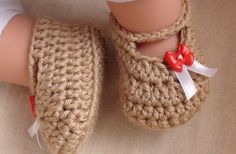 Posh Crochet Baby Booties free vid and pattern. Just lovely share, thanks so xox