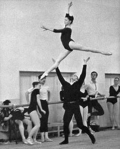 Ekaterina Maximova & Vladimir Vasiliev rehearsing Don Quixote.