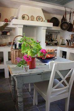 Home Styles: Greek Home Style kitchen Style At Home, Rustic Kitchen, Kitchen Decor, Rustic Table, Kitchen Ideas, Greek Decor, Estilo Interior, Greek House, Mediterranean Decor