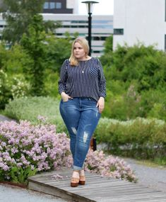 Plus Size Fashion - Plus Size Outfit - Emmi Snicker