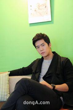 ha suk jin Korean Drama Stars, Korean Star, Ha Suk Jin, Star K, First Crush, Lee Seung Gi, Love My Boys, Kdrama Actors, Drama Series