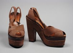 1949, America - Pair of Woman's Sandals by David Evins - Suede, leather