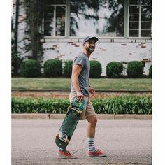 @jsbryanjr  skate every damn day  #sampalongboarders#skateboarder#socks#socksoftheday#longboard#skate#skateboarding#skateboard#skatelife#skateeverydamnday#skateanddestroy  click @hollyrosephoto
