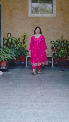 Stylish Dresses For Girls, Girls Dresses, Punjabi Designer Boutique, Toronto, Baby Clothes Sizes, Patiala Suit Designs, Suits For Women, Clothes For Women, Indian Designer Suits