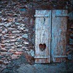 Heart on barn door