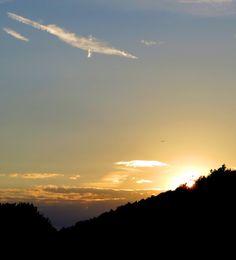 :-) New #adventure trail running film in German language is now online: Unterfränkischer Orientierungsultralauf vom 02.08 - 03.08.2014: 120 k and 3000 vertical meters from #Main to #Rhön thru the #Spessart mountains: http://laufspass.com/laufberichte/2014/ufr-orientierungslauf-2014-film.htm #Germany #Bavaria