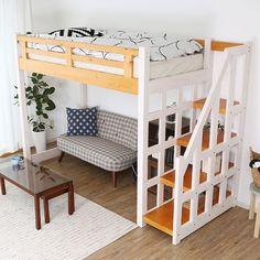 2トーンカラー Room Design Bedroom, Girl Bedroom Designs, Home Bedroom, Kids Bedroom, Bedroom Furniture Sets, Bedroom Sets, Queen Loft Beds, Small Condo Decorating, Cool Loft Beds