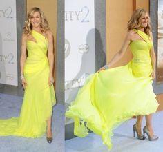 Sarah Jessica Parker Celebritie in dress Valentino