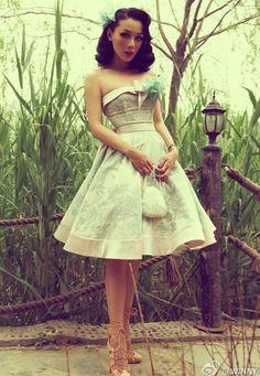Pin Up Fashion:: Retro Inspired Fashion:: Pin Up Girl Style:: Vintage Fashion