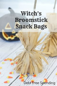 Witch's Broomstick Snack Bags: Adorable and easy to make! This is an easy craft for kids too!