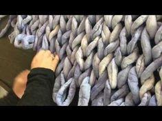 How to arm knit a chunky Merino wool blanket in 30 minutes! www.becozi.net - YouTube