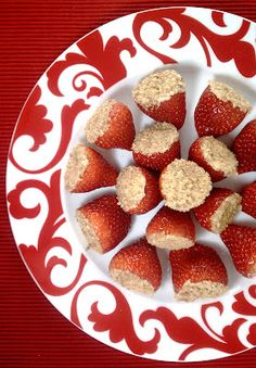 Cheesecake Stuffed Strawberries give you all the decadence you could want for only 1 P+ or 35 calories each!