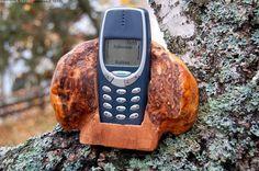 Puhelinteline - puhelinteline teline hyödyke askartelu pahka koivunpahka puutyö luonto puhelin koivu hx1.5 Phone, Products, Telephone, Phones, Gadget