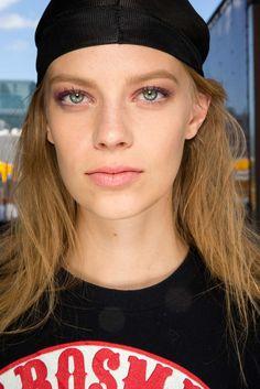 Derek Lam Spring 2015 Ready-to-Wear Make up Photo: Sonny Vandevelde / Indigitalimages.com