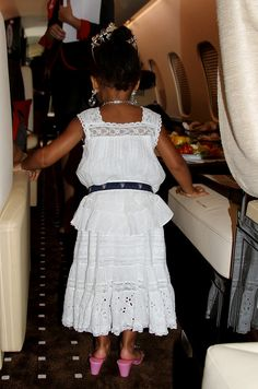 Blue Ivy Carter slipped into Beyoncé's heels aboard their flight.