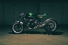 Accurate Description - Kawasaki Vulcan Cafe Racer ~ Return of the Cafe Racers
