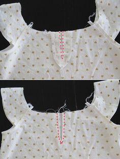 -Oro-plisada-flutter-manga-vestir-libre Pattern8
