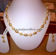 Jewerly Simple Necklace Beads For 2019 Pearl Jewelry, Bridal Jewelry, Beaded Jewelry, Beaded Necklace, Diamond Necklaces, Stone Necklace, Gold Jewellery, Indian Jewelry, Necklace Set