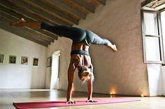 @yogalooksgood —————————————————— #yogalooksgood #yoga #yogaeverydamnday #yogalove #yogagirl #yogalife #yogachallenge #yogaeverywhere #igyoga #instayoga #yogaeveryday #yogainspiration #yogapants #yogapose #yogapractice #acroyoga #iloveyoga #yogateacher #yogaaddict #yogamom #yogagram #yogajourney #myyogalife #yogafit #stopdropandyoga #yogadaily #hotyoga #yogafun #igyogafam #yogawear