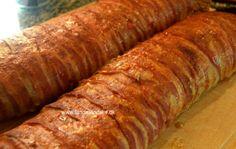 Utroligt lækkert amerikansk farsbrød med ost og bacon. Sprød bacon, saftig farsbrød og en blød kerne af ost - behøvet jeg at sige mere.