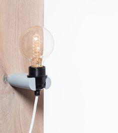 E75,- // Hetlichtlab   No.16 wandlamp grijs   Alle lampen   Verlichting   Exclusief lichtbron. Snoer en wandsteun te kiezen.