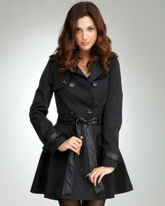 Celebrities who wear, use, or own Bebe Contrast Trim Trench Coat. Also discover the movies, TV shows, and events associated with Bebe Contrast Trim Trench Coat. Fall Winter Outfits, Autumn Winter Fashion, Dress Me Up, Star Fashion, Dress To Impress, Trench, Celebrity Style, Cute Outfits, Clothes For Women