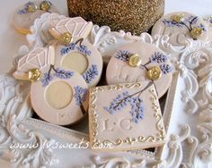 Gorgeous!!~Monogram custom cookies